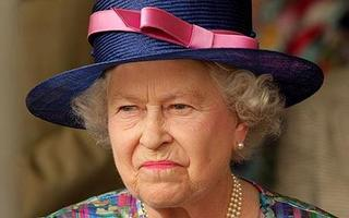 queen-elizabeth-unhappy.jpg
